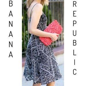 Banana Republic Eyelet Embroidered Dress Size 00P